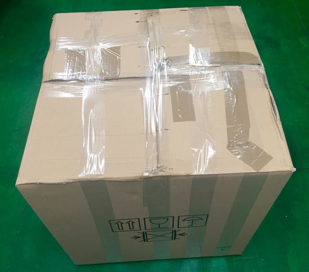 Last but not least, the box needs to be securely fastened using a good quality strong parcel tape,please make sure the box is secured across and seams in both directions to ensure it can not come open during transit