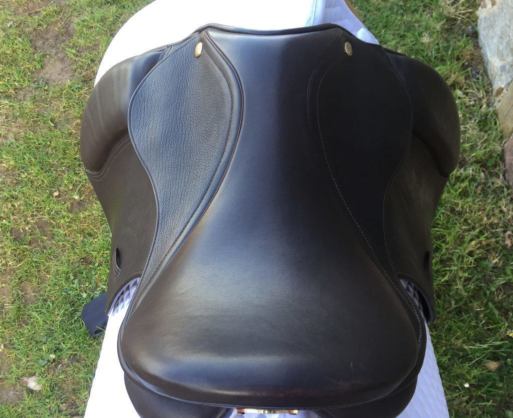 Photographing your saddle