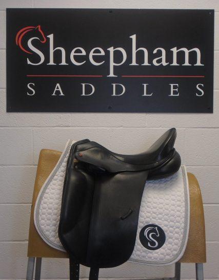 Albion SLK Ultima Dressage Saddle Black 17.5″ MW- #SC998# Albion Saddles