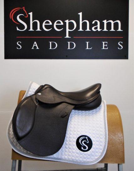 #SC1161# Brown 17.5″ English Leather Optimum Performance MW Fit Jump Saddle – EX DEMO Optimum Performance
