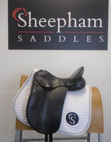 #SC1195# Black 16.5″ English Leather Albion MW Fit Low Head SLK Dressage Saddle – USED Albion Saddles
