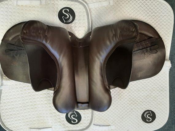 Symonds Show Saddle 18″ M Brown – #SC1310a#