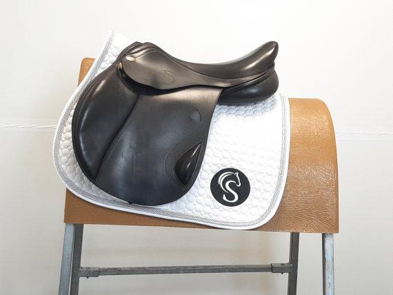 Optimum Performance Close Contact Jump Saddle 17″ MX Brown – #SC1316#
