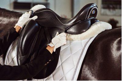 dressage saddle knee blocks